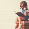 A importância da leitura no desenvolvimento infantil: veja 7 motivos para ler com o seu filho