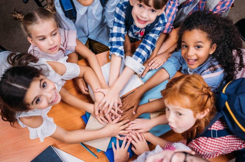 como ensinar alteridade e empatia para as crianças