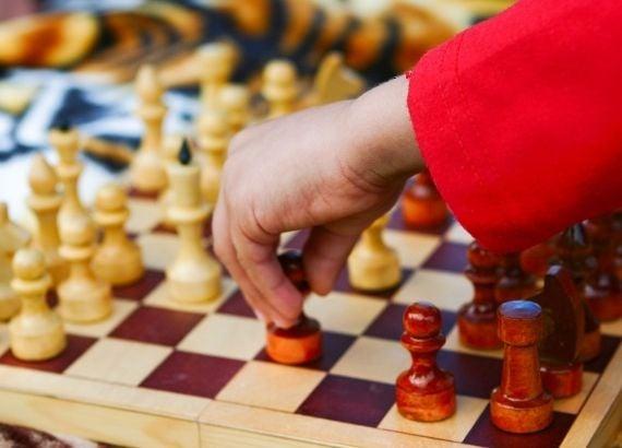 Como ensinar xadrez para crianças: alie o aprendizado à brincadeira!
