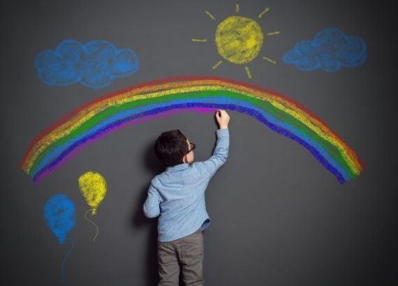 como estimular a criatividade infantil e por que