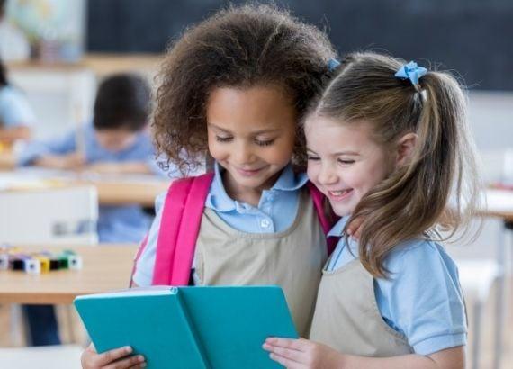 Poesia na escola e poesia na primeira infância