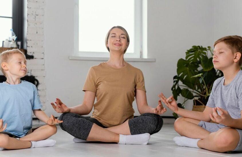 Meditação infantil: conheça sua importância e 3 dicas para começar