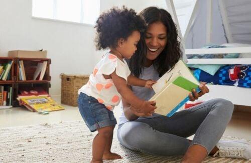 A Alexa quer ler para o seu filho. Você vai delegar