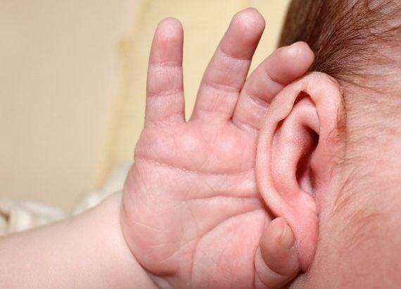 Desenvolvimento dos sentidos do bebê. Desenvolvimento da audição e do olfato
