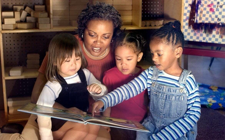 LIVRO-IMAGEM. SAIBA COMO LER UM LIVRO INFANTIL SÓ COM IMAGENS