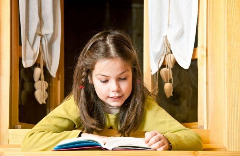 O que são os contos populares: Da voz ao mundo dos livros