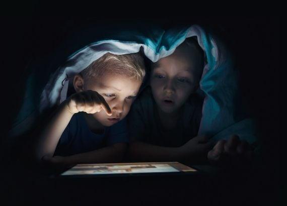 Perigos da internet para crianças