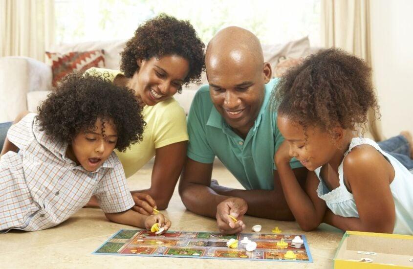 Conheça 12 jogos de tabuleiro para família!