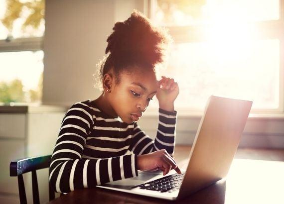 Cyberbullying. O que é e como lidar com o bullying virtual